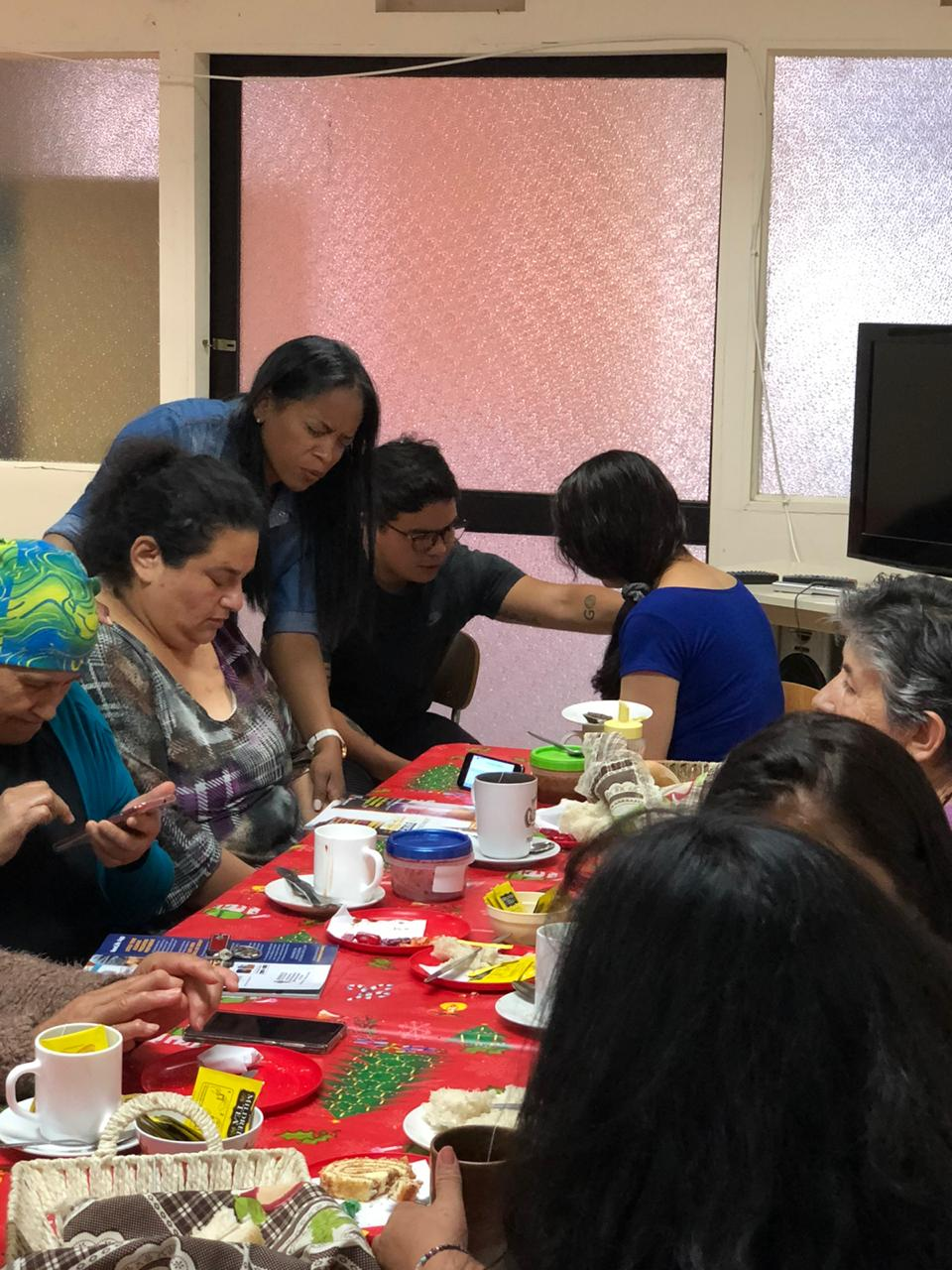 GYLF AMBASSADORS REACHED OUT TO CANCER PATIENTS IN VALPARAISO, CHILE
